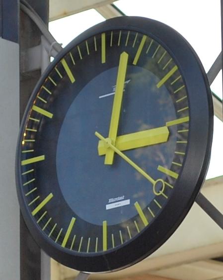 horloge RER D